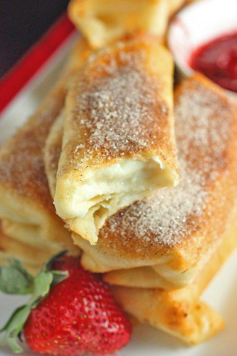 Fried Cheesecake Roll Ups