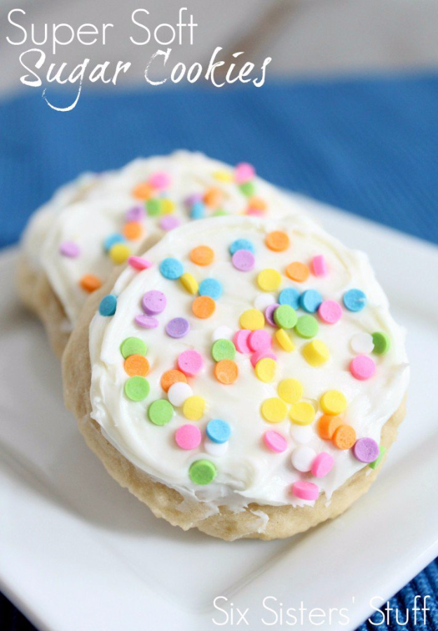 DIY Valentines Day Cookies - Super Soft Sugar Cookie Recipe - Easy Cookie Recipes and Recipe Ideas for Valentines Day - Cute DIY Decorated Cookies for Kids, Homemade Box Cookies and Bouquet Ideas - Sugar Cookie Icing Tutorials With Step by Step Instructions - Quick, Cheap Valentine Gift Ideas for Him and Her http://diyjoy.com/diy-valentines-day-cookie-recipes