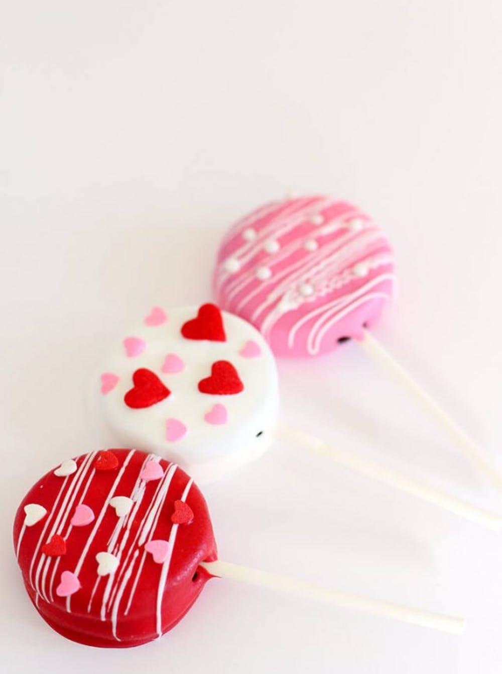 Valentines-Day-Treats-Oreo-Pops-Valentines