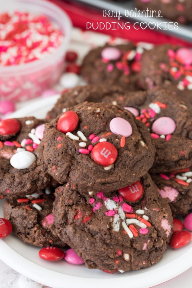 DIY Valentines Day Cookies - Very Valentine Pudding Cookies - Easy Cookie Recipes and Recipe Ideas for Valentines Day - Cute DIY Decorated Cookies for Kids, Homemade Box Cookies and Bouquet Ideas - Sugar Cookie Icing Tutorials With Step by Step Instructions - Quick, Cheap Valentine Gift Ideas for Him and Her http://diyjoy.com/diy-valentines-day-cookie-recipes