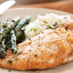 Chicken and Asparagus in White Wine Sauce
