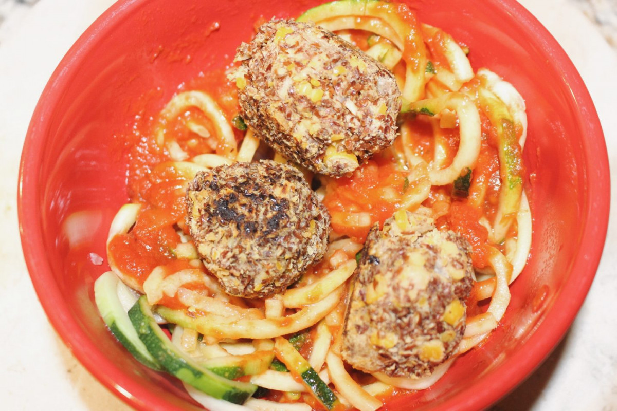 Chickpea Meatballs + Zoodle Marinara 6