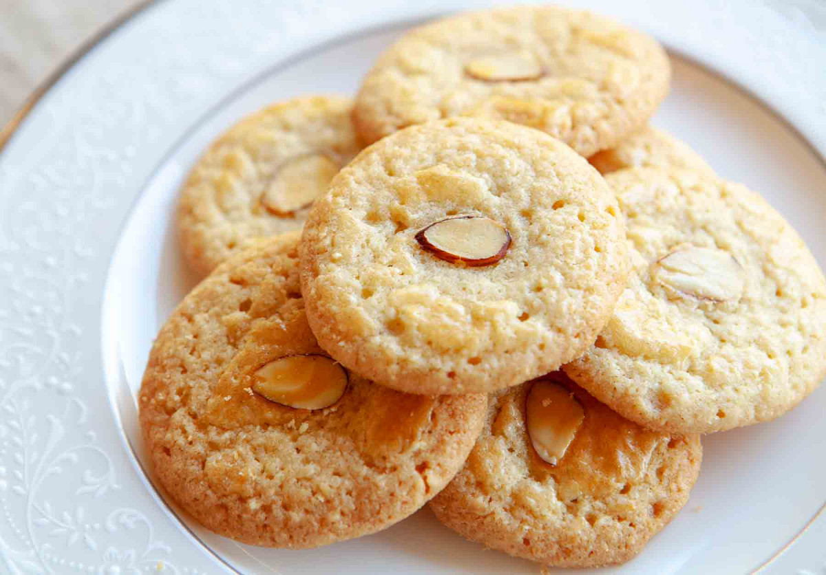 Chinese Almond Cookies 4