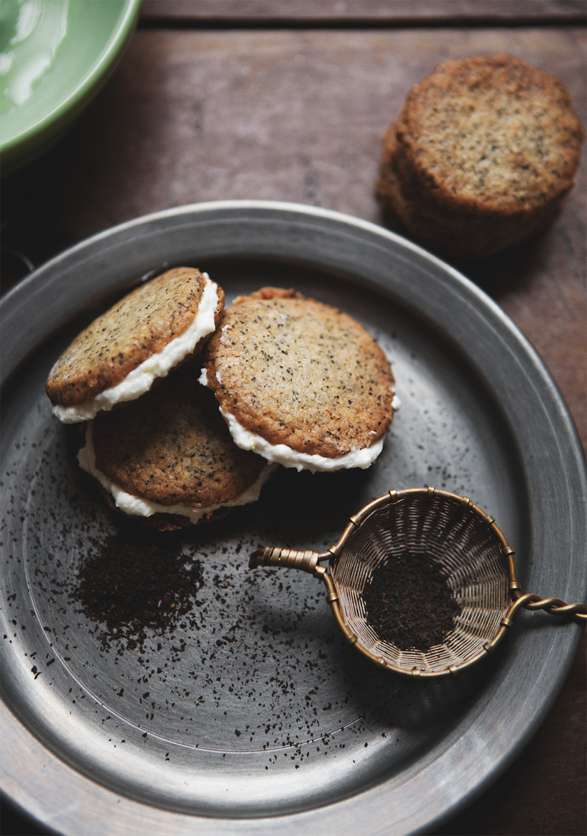 Earl Grey Cookie Sandwiches with Lemon Buttercream