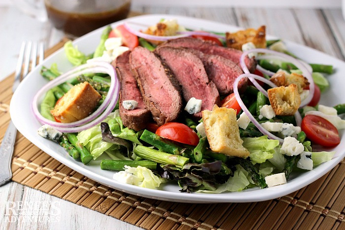 Grilled Steak, Asparagus, and Blue Cheese Salad