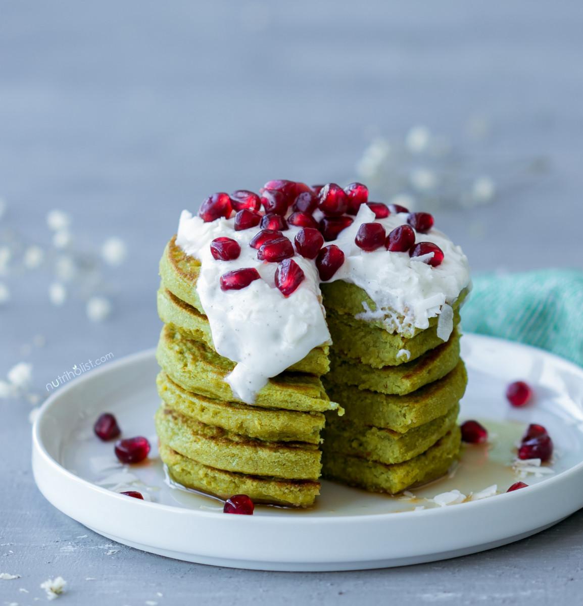 Matcha Pancakes With Coconut Vanilla Cream 1