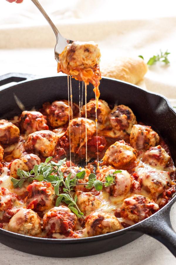 Skillet Meatballs in Marinara Sauce