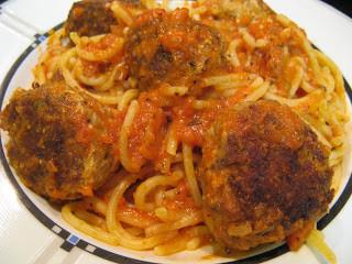 Spaghetti with Meatballs in Marinara Sauce