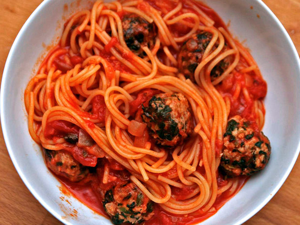 Sriracha Marinara with Meatballs