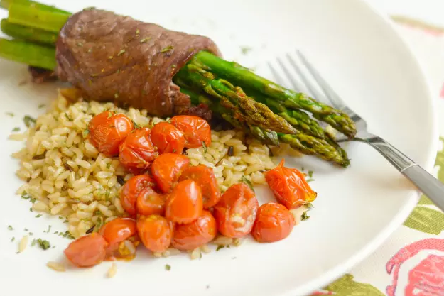 Steak Wrapped Asparagus