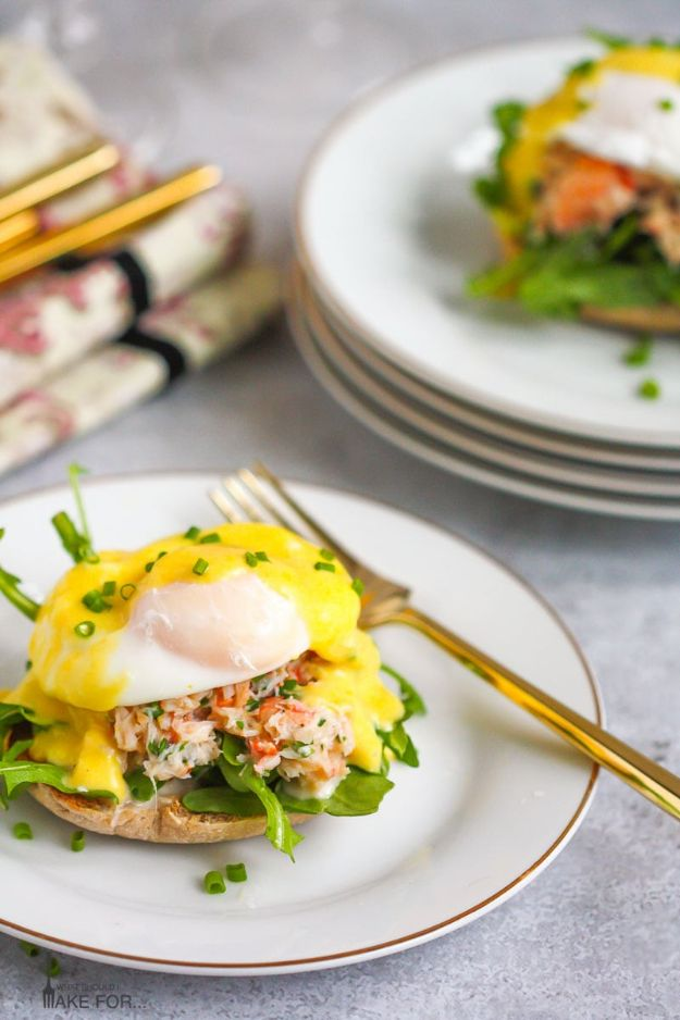 Eggs Benedict Recipes - Crab Eggs Benedict - Best Benedicts and Recipe Ideas for Breakfast, Brunch and Lunch - Easy and Quick Eggs Benedict, Classic, Salmon, Vegetarian and Healthy Variations - How to Make Hollandaise Sauce - Pioneer Woman Favorites - Eggs Benedict Casserole for A Crowd http://diyjoy.com/eggs-benedict-recipes