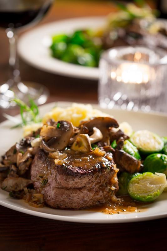 Steak with Tarragon Mushrooms