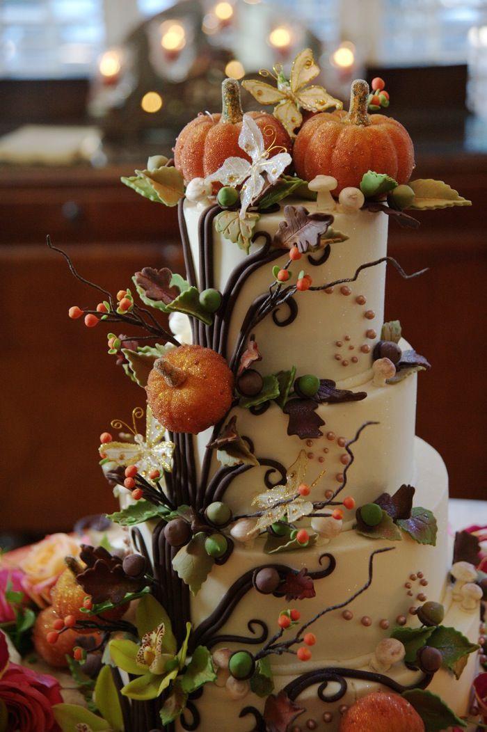 25 Fabulous Autumn Fall Cupcakes  Best 25 Halloween weddings ideas on Pinterest