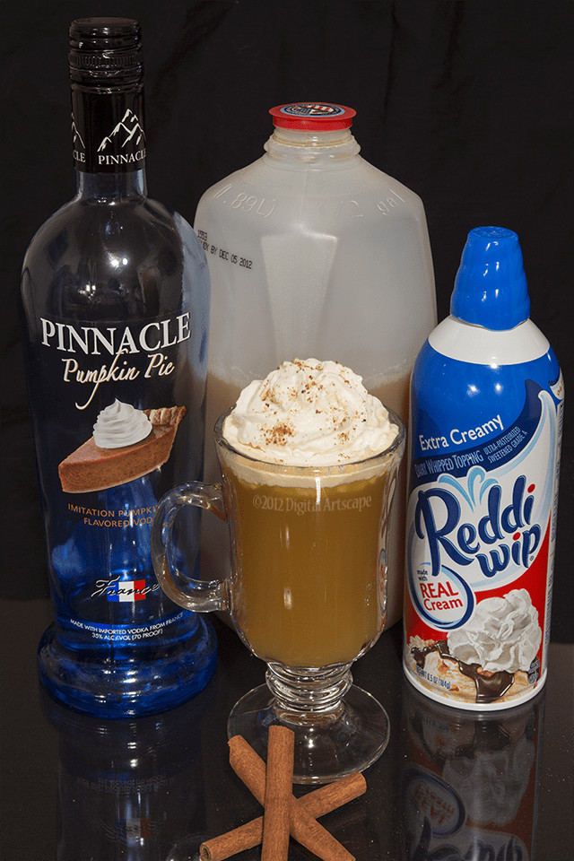 Alcoholic Thanksgiving Drinks  Holiday Mixed Drink Recipe Thanksgiving In A Glass DIY