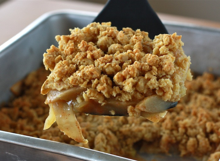 Apple Desserts For Thanksgiving  Skinny Apple Crisp For Thanksgiving Dessert