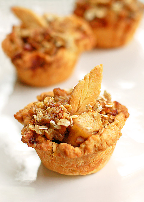 Apple Desserts For Thanksgiving  Mini Apple Pie Recipe and Thanksgiving Dessert Ideas