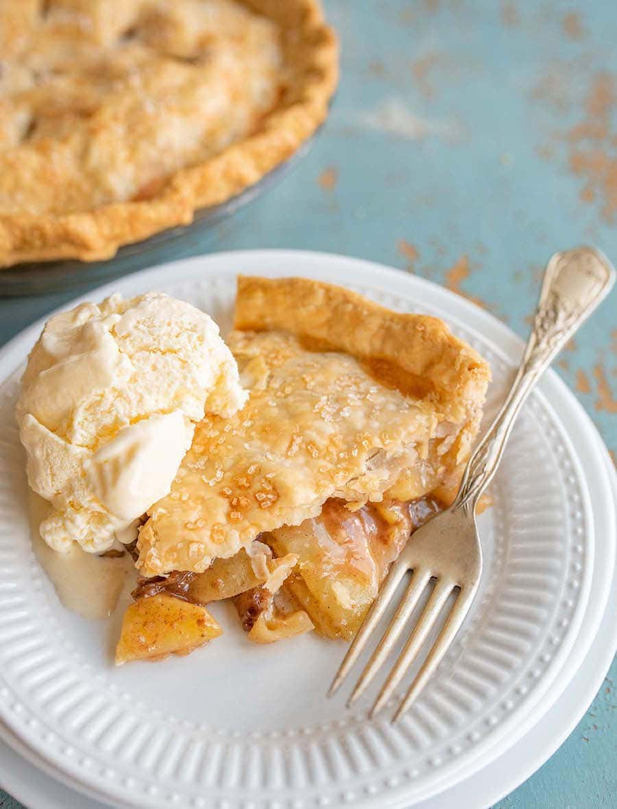 Apple Desserts For Thanksgiving  Easy Apple Pie Recipe