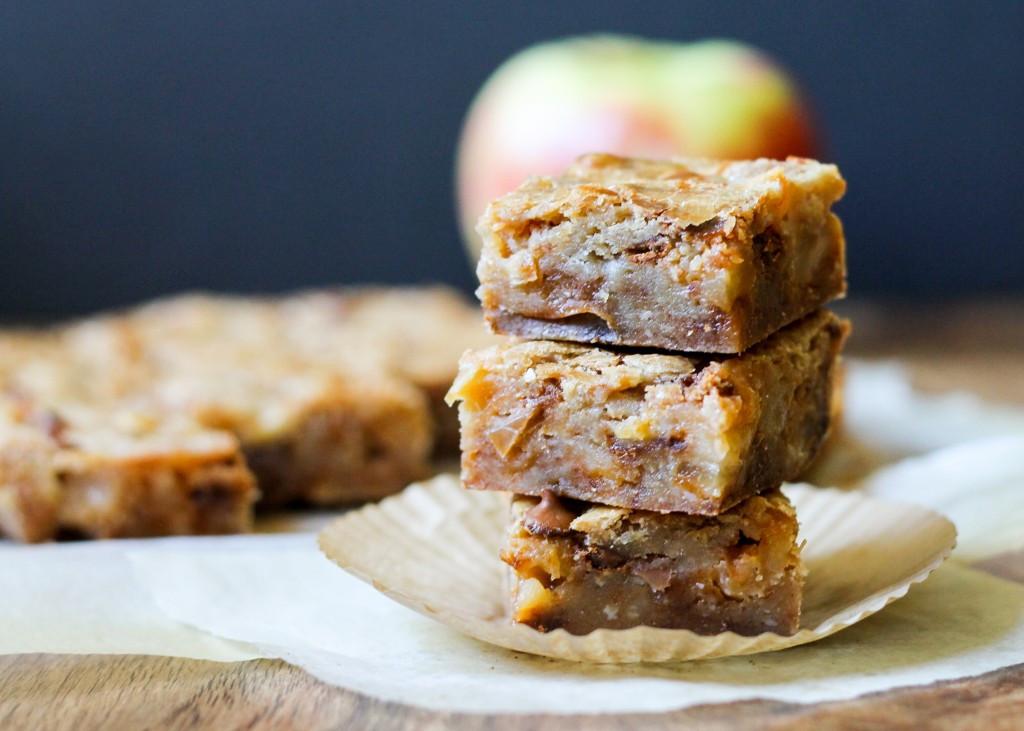 Apple Recipes For Fall  Apple Cinnamon Blon s • Bakerita
