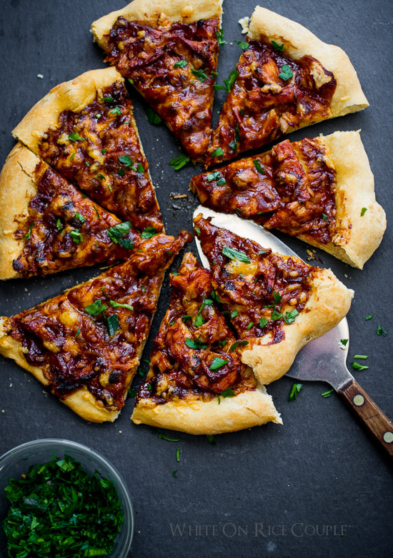 Bbq Thanksgiving Turkey  BBQ Turkey Pizza Recipe with Leftover Thanksgiving Turkey