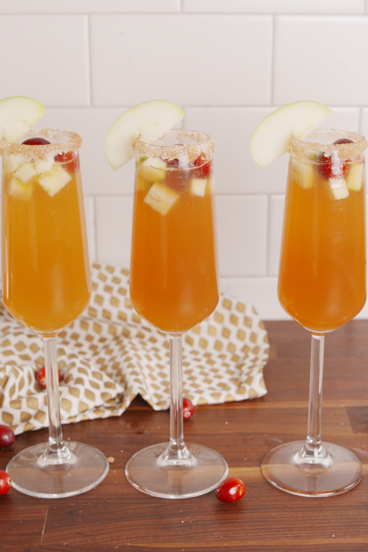 Best Thanksgiving Drinks  30 Best Thanksgiving Cocktails Easy Recipes for