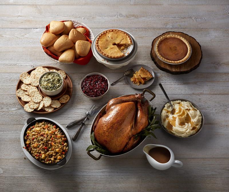 Boston Market Christmas Dinner  Boston Market Aims To Make This Thanksgiving The Easiest