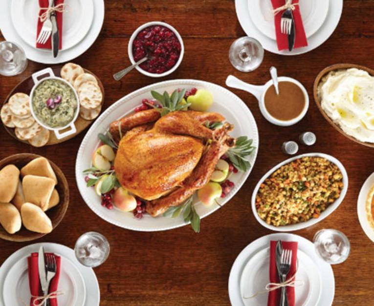 Boston Market Christmas Dinner  Boston Market Announces To Go Thanksgiving Meals