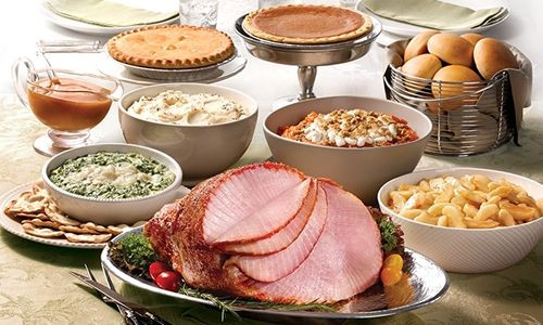 Boston Market Christmas Dinner  Boston Market Holiday Survey Finds Consumers Skimp on