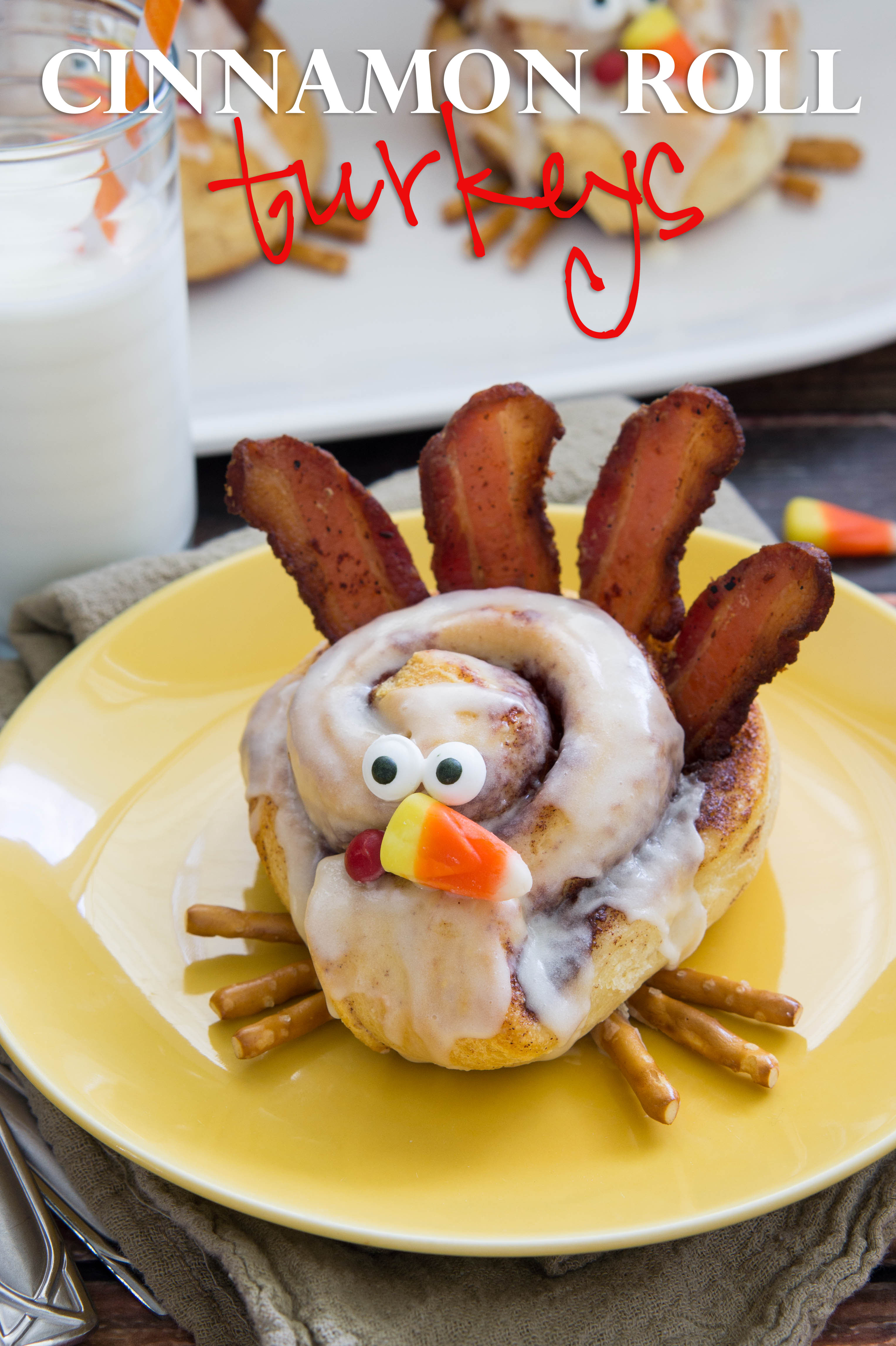 Breakfast Open On Thanksgiving  Cinnamon Roll Turkeys