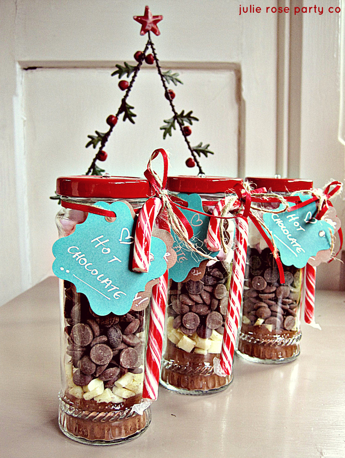 Candy Gifts For Christmas  DIY Christmas spiced peppermint hot chocolate