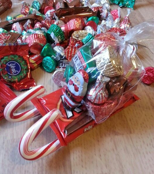 Candy Gifts For Christmas  Ho Ho Ho These are so cute and super easy to make You