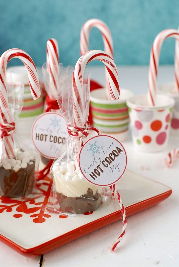 Candy Gifts For Christmas  1000 ideas about Candy Cane Crafts on Pinterest