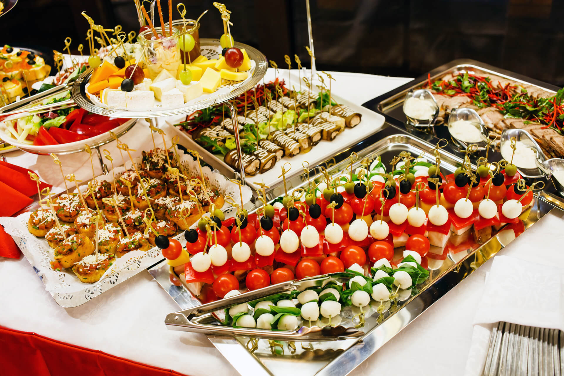 Catered Christmas Dinners  Christmas Catering Preparations