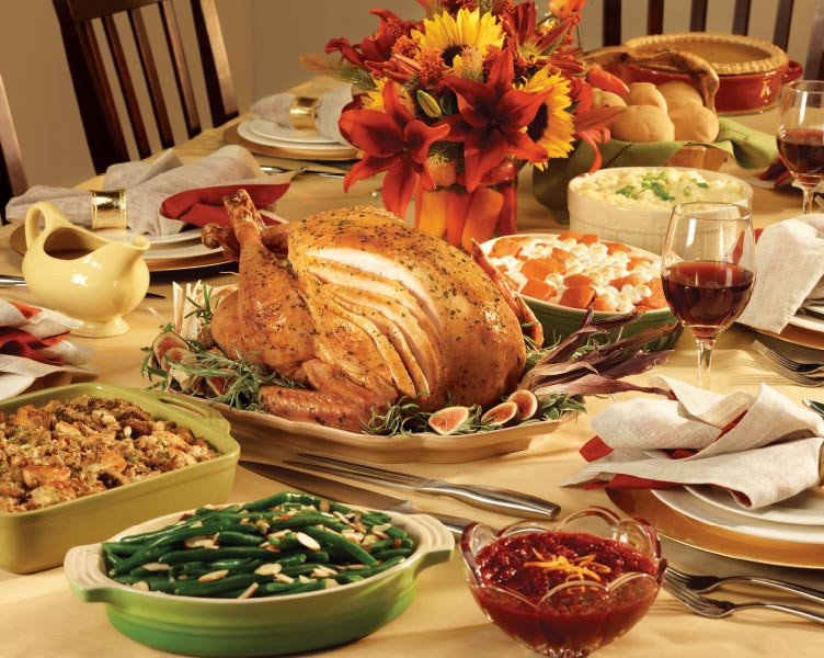 Catered Christmas Dinners  AJ WEB HolidayDinner 1016 F2 COV2 Catering