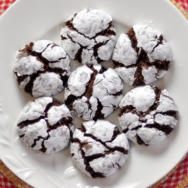 Chocolate Christmas Cookies Recipe  foo Blog Archive Chocolate Crinkle Cookies