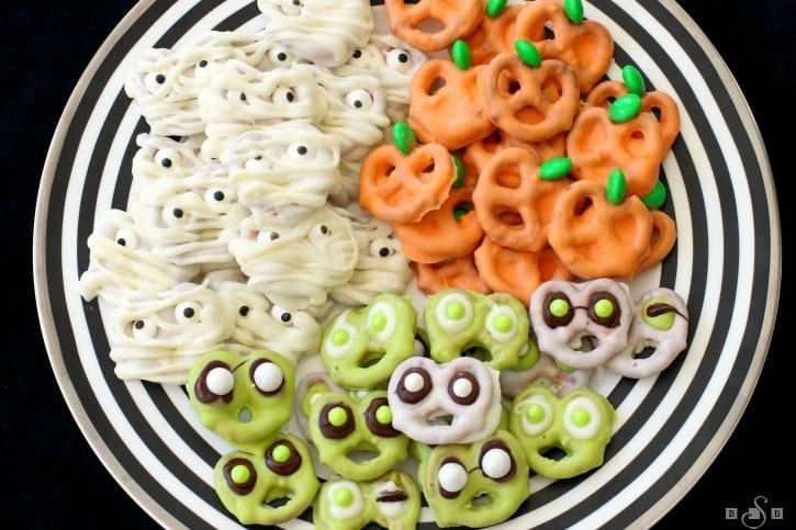 Chocolate Covered Pretzels Halloween  HALLOWEEN PRETZELS THREE WAYS Butter with a Side of Bread