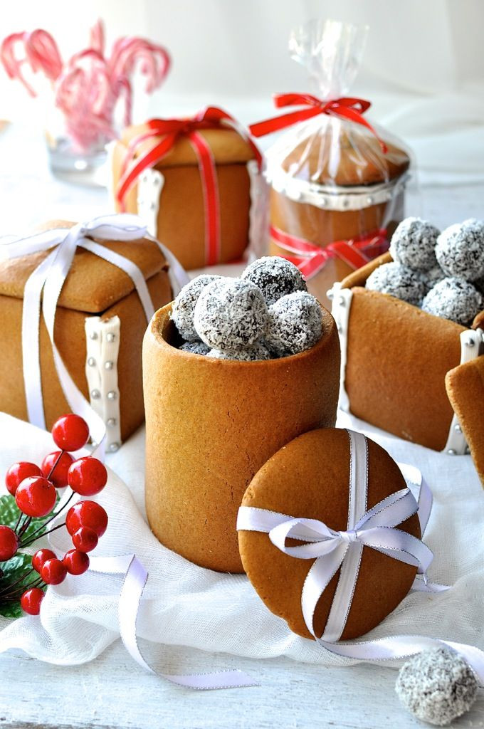Christmas Baking Gift Ideas  Gingerbread Box & Mason Jars Recipe