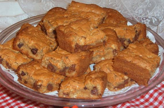Christmas Baking Goods Recipes  Blonde Brownies Recipe Baked Goods Holiday by CissysCrafts