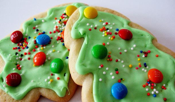 Christmas Baking Ideas For Kids  How to Survive Holiday Baking with Children