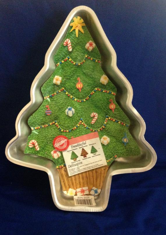 Christmas Baking Pans  1998 Wilton Treeliteful Christmas Tree Baking Cake Pan with