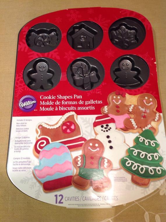 Christmas Baking Pans  Wilton Christmas Baking Pan Cookie sheet