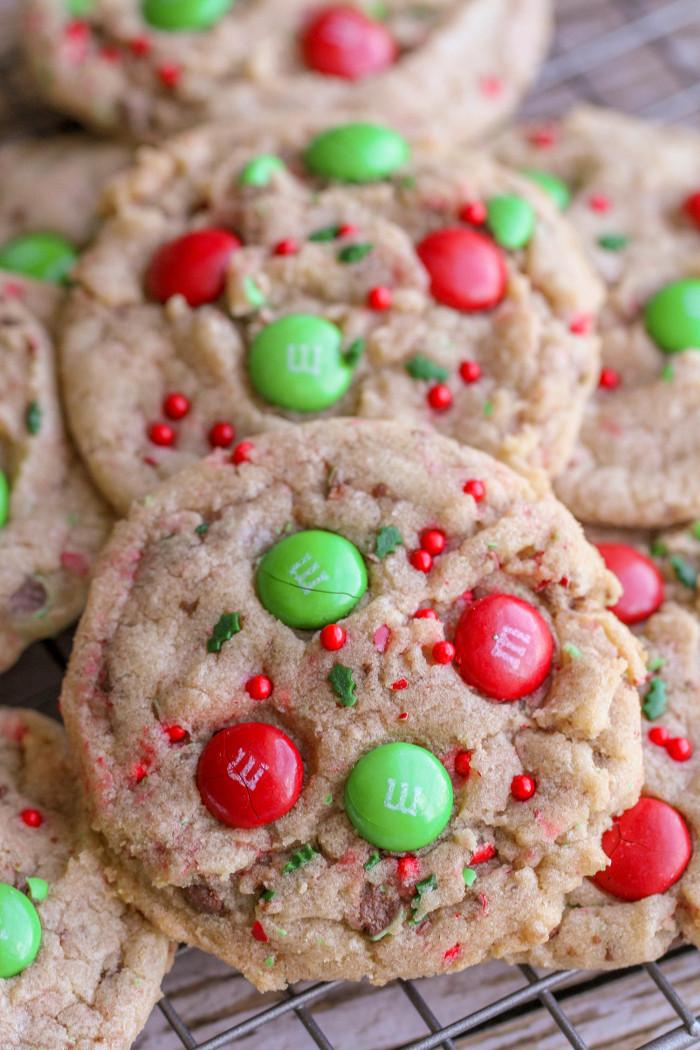 Christmas Baking Receipies  FAVORITE Christmas Cookies recipe