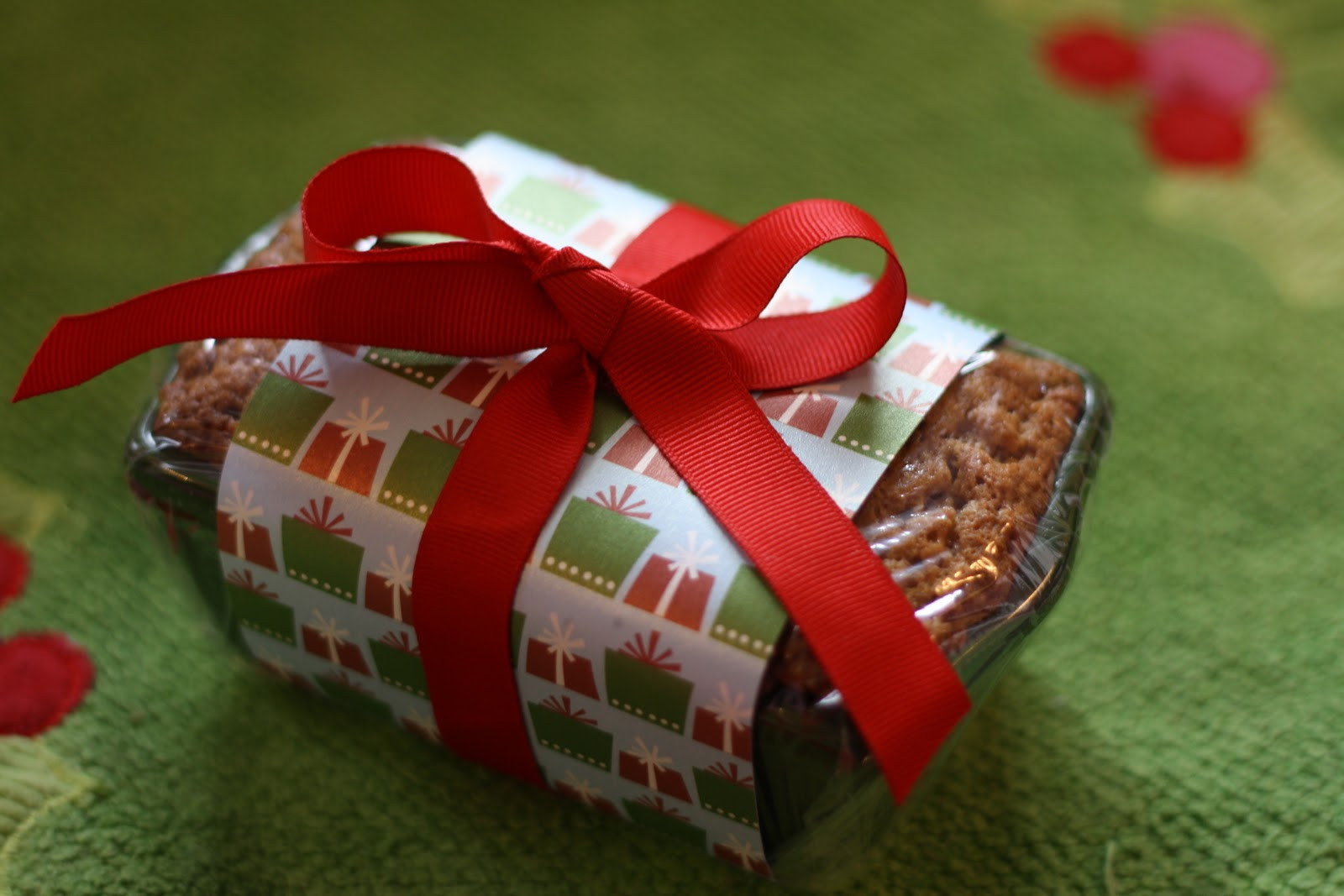 Christmas Bread Gifts  Keeping My Cents ¢¢¢ Frugal Neighbor Gifts Banana Nut Bread