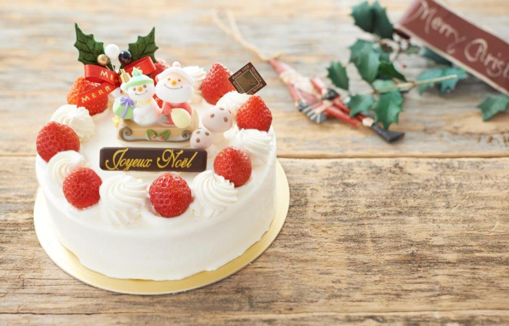 Christmas Cakes Japan  5 Things About Christmas In Japan Everyone Should Know