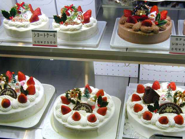 Christmas Cakes Japan  Cute and Delicious Japanese Christmas Cakes