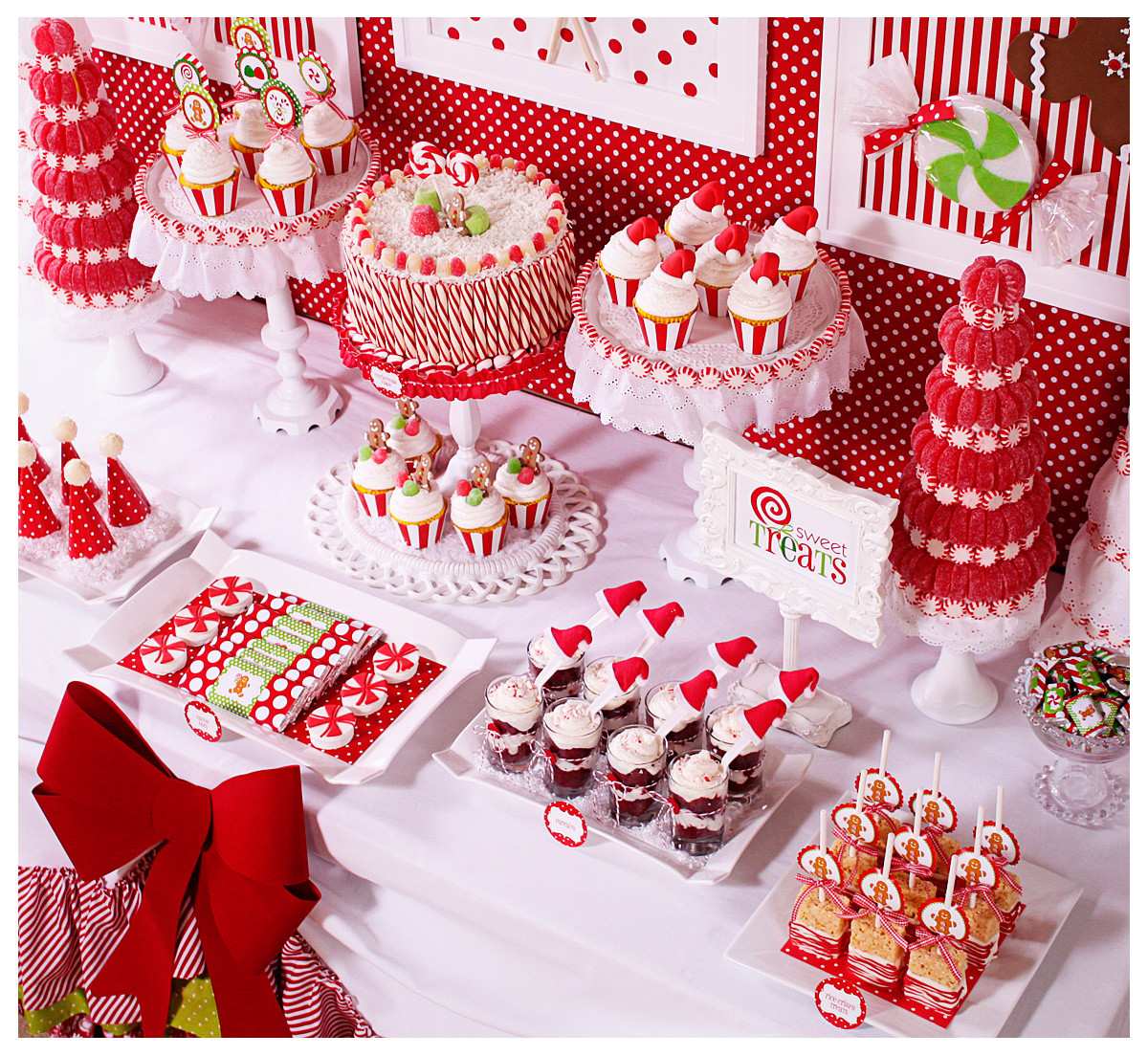 Christmas Candy Bar  Amanda s Parties To Go Candy Christmas Dessert Table