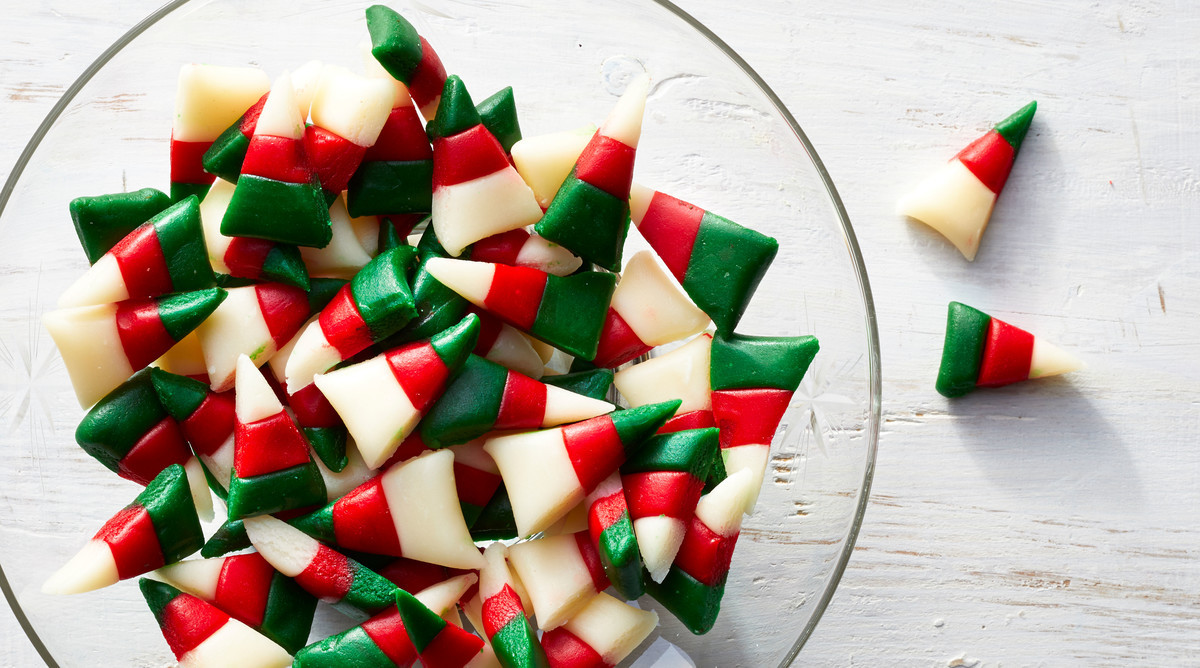 Christmas Candy Corn  Easy Homemade Candy Recipes Ideas – Southern Living