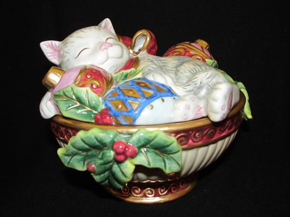 Christmas Candy Dish  Vintage Christmas Fitz and Floyd Cat with ornaments Holiday