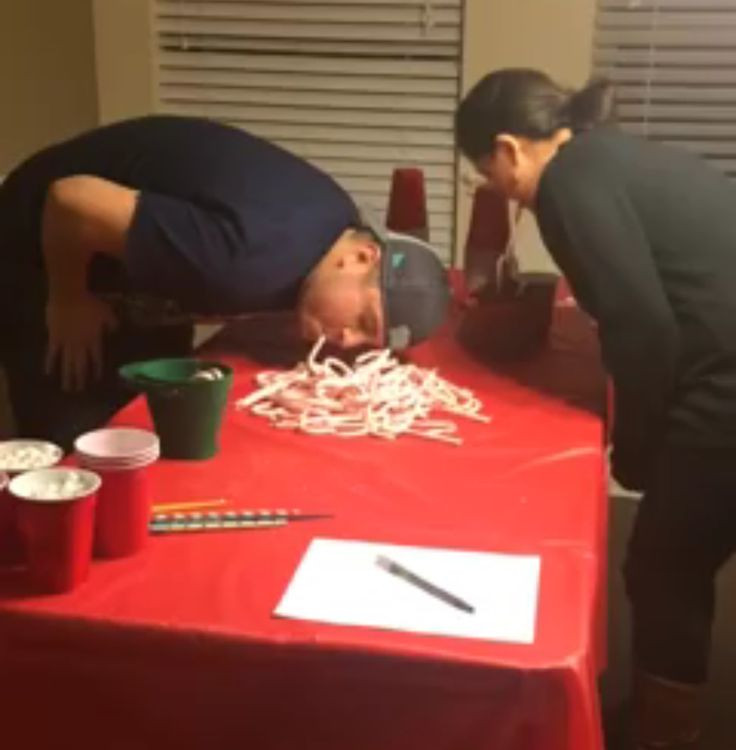 Christmas Candy Game  Best 25 Candy cane game ideas on Pinterest