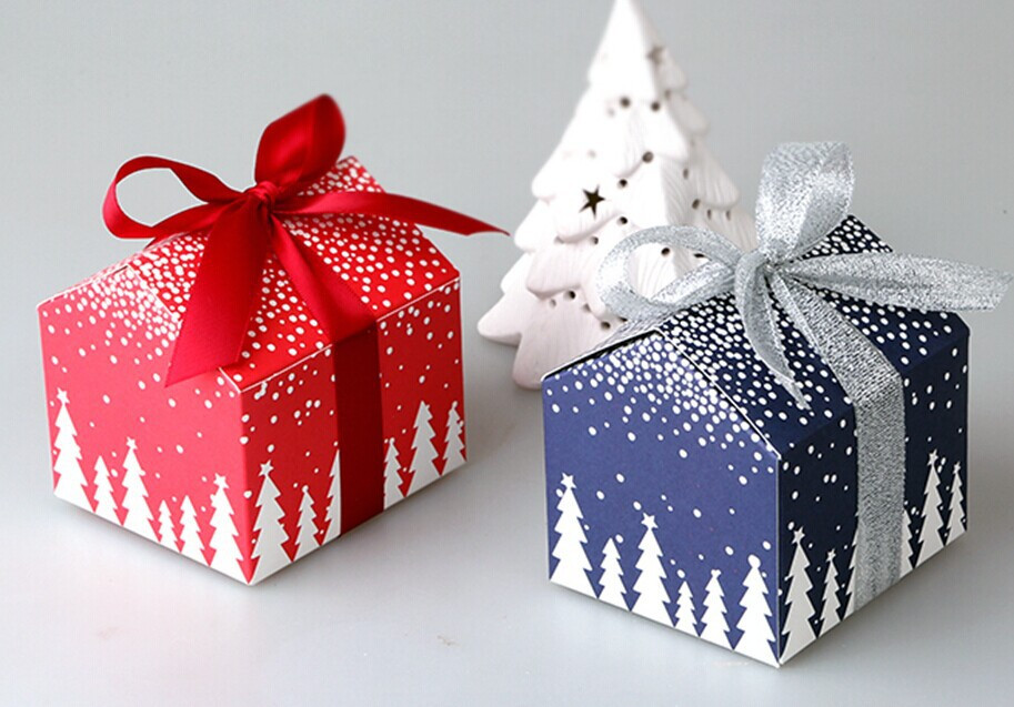 Christmas Candy Gift Boxes  50pcs Christmas and New Year tree house mini candy box