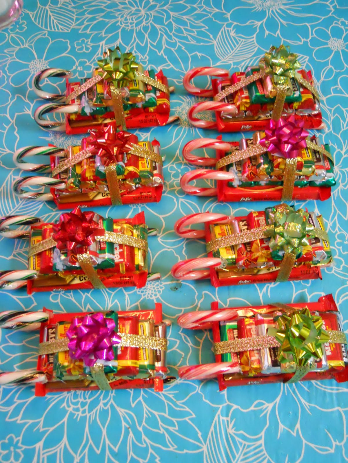 Christmas Candy Sleds  ellyn s place candy sleighs